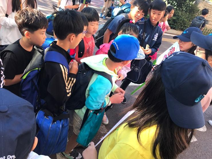 [일반] 2017학년도 Wee클래스 홍보 및 또래중조단 학교폭력예방캠페인의 첨부이미지 7
