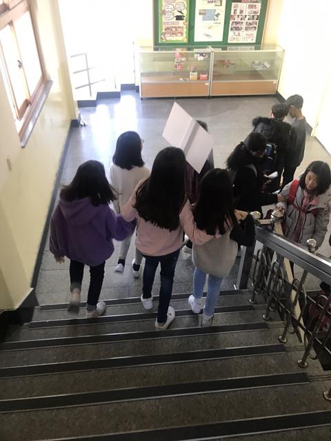 [일반] 2018학년도 또래상담부 학교폭력예방캠페인의 첨부이미지 3