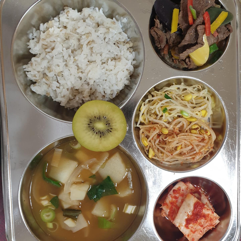 [일반] 5.10 급식사진의 첨부이미지 1