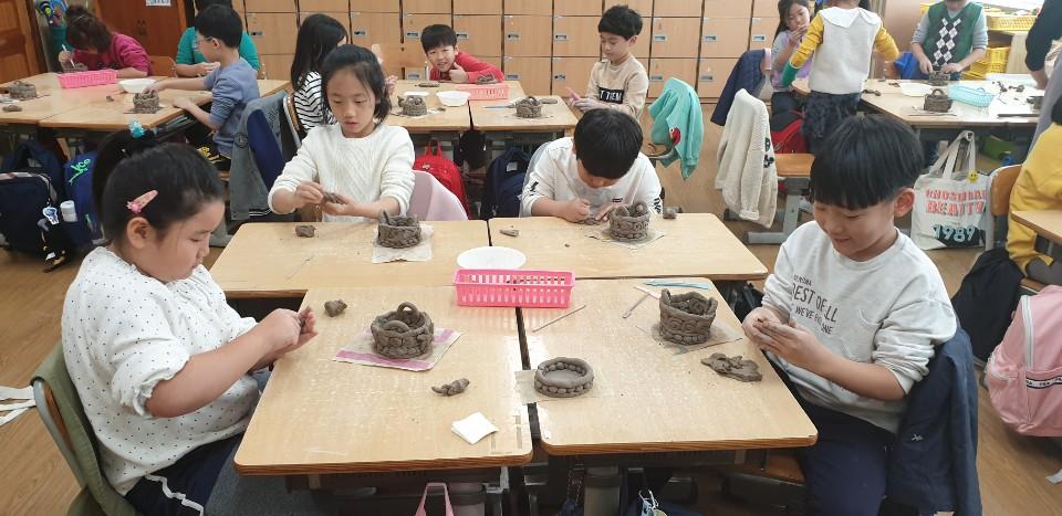 [일반] (1학년) 도자기교육의 첨부이미지 2