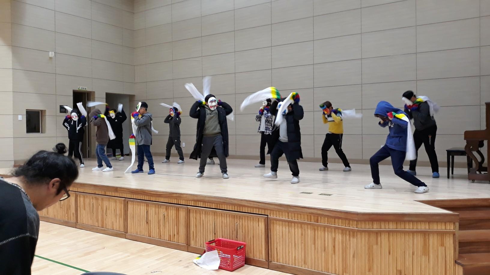 [일반] (5학년) 동아리 활동-탈춤 발표의 첨부이미지 2