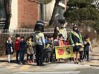 [일반] 교통안전 캠페인 활동 실시의 첨부이미지 2